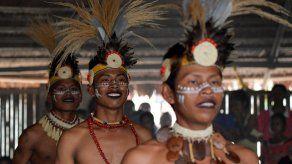 Salir del clóset en la selva: la comunidad del Amazonas que incluyó a los indígenas gays