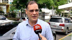 González asegura que trámite de titulación de tierras duró cerca de ocho años