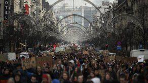 Ministra belga: protestas contra el clima son un complot