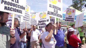Avicultores exhortan a los productores a la protesta pacífica y el diálogo