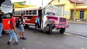 Usuarios del transporte en Colón deben utilizar mascarilla