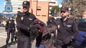 La Fiscalía en España pide para Alberto S.G. 15 años de cárcel por un delito de homicidio con agravante de parentesco y 5 meses por profanación de cadáver.