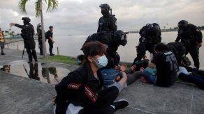 Retienen a 27 personas en protesta contra la corrupción en la Cinta Costera y Plaza 5 de Mayo