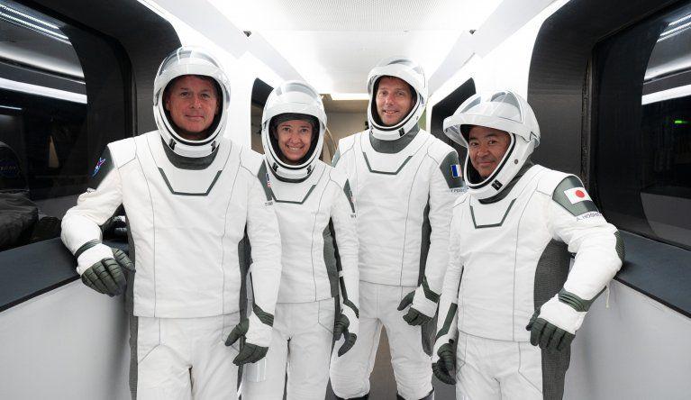 La misión de SpaceX llamada Crew-2 incluye a dos astronautas estadounidenses