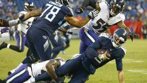 Varios jugadores contribuyen a una defensa estelar de Ravens