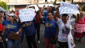 Fiscalía sostiene delito de homicidio contra salvadoreña Evelyn Hernández