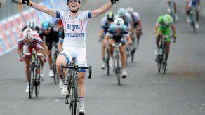 Alemán Degenkolb ganó la etapa 5 del Giro de Italia; Paolini sigue líde