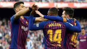 Messi fulmina al Espanyol con un doblete y acerca la Liga al Camp Nou