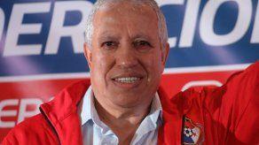 Américo Gallego deja de ser el DT de la Selección de Panamá