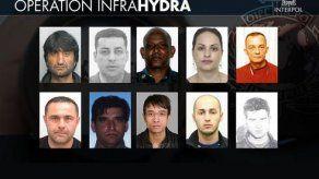 Interpol lanza un aviso de búsqueda contra más de 100 presuntos traficantes de migrantes