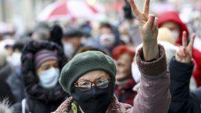 Jubilados se unen a protestas en Bielorrusia