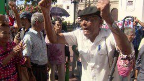 Varela veta parcialmente proyecto de aumento a jubilados y pensionados por inconveniente