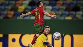 Diogo Jota se viste de CR7 y lidera el triunfo 3-0 de Portugal sobre Suecia