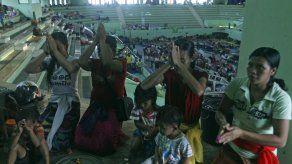 Bali: Piden a evacuados por volcán que regresen a casa