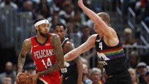 Ingram anota 31 y los Pelicans vencen 112-100 a los Nuggets