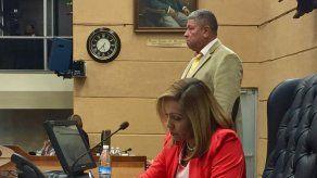 Asamblea aprueba ley que suspende un año importación de cárnicos y leche