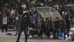 Maradona está a 90 minutos de ganar un título en México