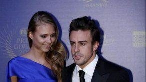 Vettel y Alonso recogieron sus trofeos en la gala de la FIA en Estambul