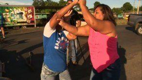 Empujones entre residentes en protesta por falta de agua en sector de Panamá Este