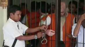 Condenan a 15 años de prisión a un australiano por pederastia en Indonesia