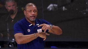 Los Clippers prescinden del entrenador Doc Rivers tras fracaso en playoffs