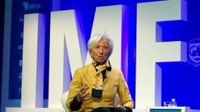 FMI: Tensiones comerciales amenazan la economía global