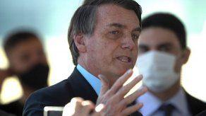 Bolsonaro acude a las urnas en su feudo electoral de Río de Janeiro
