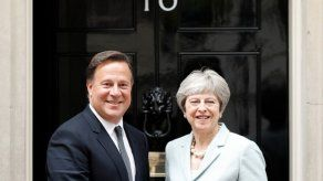 Varela reivindica en Londres compromiso con transparencia fiscal