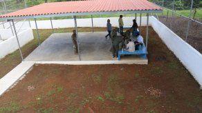 Abogados de reos en Punta Coco piden cerrar la cárcel tras torturas y malas condiciones
