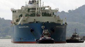 Más de 50 buques en primer mes de operaciones del Canal Ampliado