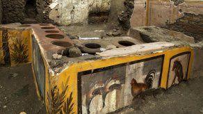 Descubren en Pompeya un termopolio
