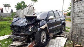Conductor colisiona contra un muro en Las Cumbre tras una persecución