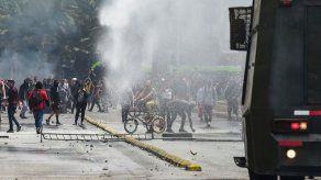Protestas en Chile dejan dos muertos y dos heridos de bala