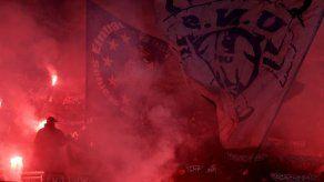 Hinchas violentos de Eintracht causan destrozos en Roma