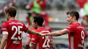 Lewandowski se convierte en el máximo goleador extranjero en una Bundesliga