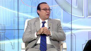 Rector explica cómo se conquistó la autonomía de la UP y pide respeto