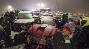 Heladas en el norte de México provocan choque de 40 vehículos