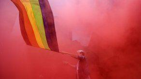 Miles participan en marcha digital del Orgullo Gay en México y denuncian asesinatos