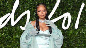 Rihanna se está recuperando rápidamente de su llamativo accidente en scooter eléctrico