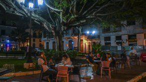 A partir del 19 de abril, restaurantes y comercios podrán operar hasta las 11:00 p.m. en todo Panamá.