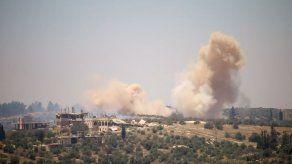 Las tropas de Al Asad acosan Deraa a pesar de advertencias internacionales
