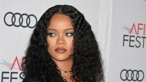Rihanna ha pasado buena parte del confinamiento en bata y sin maquillaje