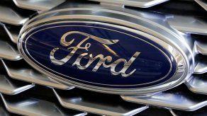 Ford avisa de falla en cámaras en más de 700.000 vehículos