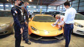 Desmienten desaparición de Lamborghini custodiado en hangar del MEF