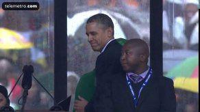 Intérprete en ceremonia de Mandela