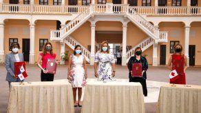 Embajada de Canadá dona a Panamá dos módulos hospitalarios