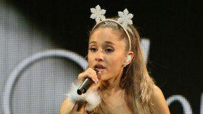 Ariana Grande exige a los raperos que dejen de insultar a las mujeres