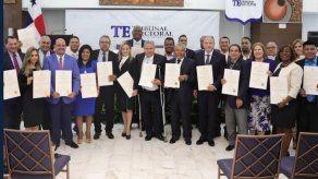 Tribunal Electoral entrega credenciales a diputados del Parlacen