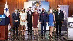 Al acto de juramentación de la nueva JD de la Cciap asistió el presidente Laurentino Cortizo.
