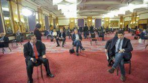 Legisladores croatas sesionan en hotel por daños tras sismo